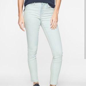 NWT Athleta Sculptek Skinny Crop Jeans SZ 4